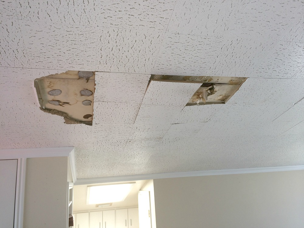 leaking-roof-ram-builders-2